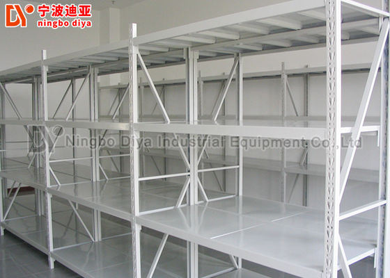 China Heavy Duty Stacking Rack System , Warehouse Metal Storage Rack Shelf factory