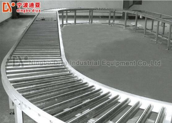 China Steel Gravity Feed Roller Conveyor Customized Size For Food Production Line factory